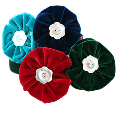 4 Velvet Dog Collar Flower Bouquet